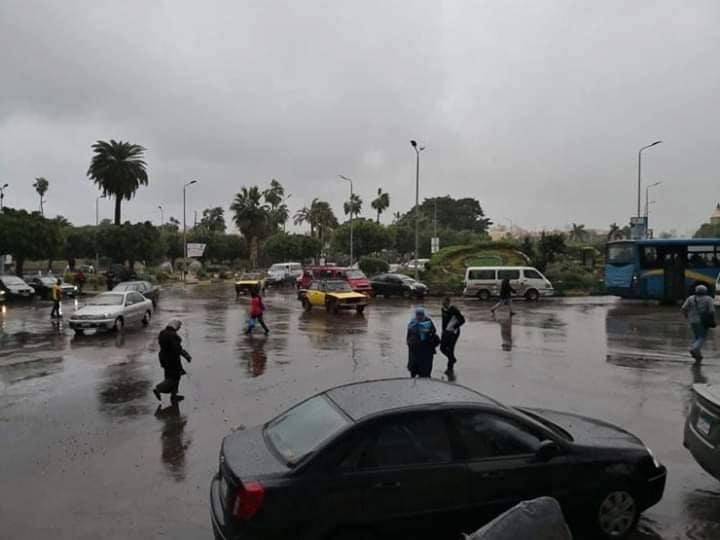 أمطار غزيرة على الاسكندرية وتراكم المياه فى بعض المناطق – جريدة الأهالي المصرية